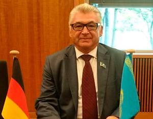 Александр Думлер, депутат Атырауского областного маслихата, председатель Атырауского общества немцев «Видергебурт»