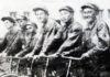 Участники велокросса по маршруту Арыс-Москва. 1935 год.