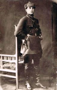 Иван Давыдович Ридель во время службы в армии в артиллерийских войсках. Саратов, 1930 г.