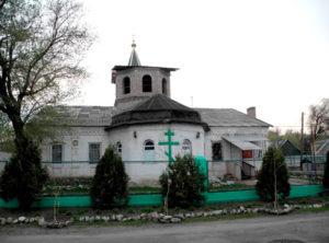 Кирха поселка. Сегодня в ней расположена православная церковь.