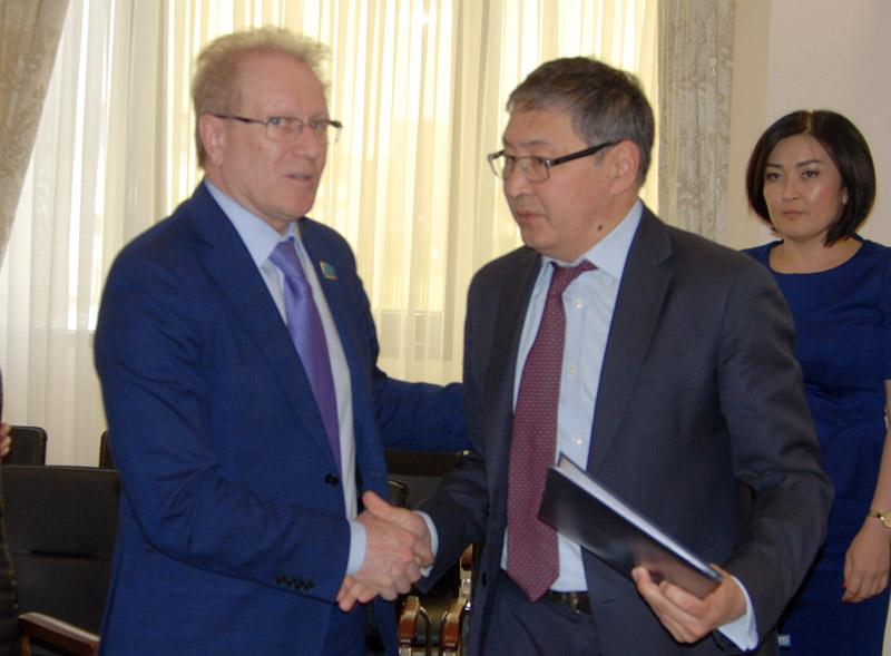 Альберт Рау и Ерлан Сагадиев.