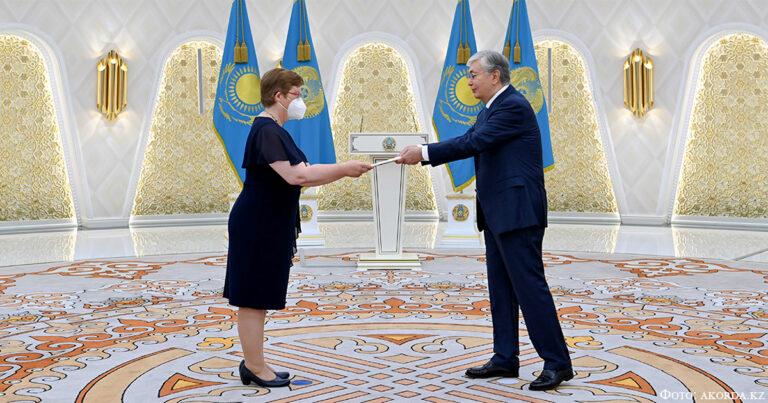 Президент Казахстана принял верительные грамоты послов