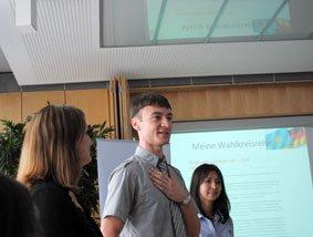 Iwan Litwinow und Assel Issajewa,  IPS-Stipendiaten aus Kasachstan.