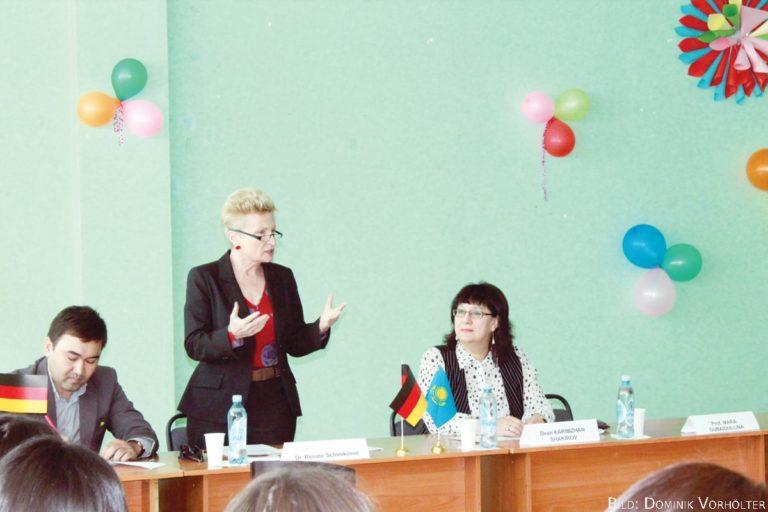 Frauen haben keine Probleme im diplomatischen Dienst