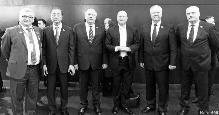 Koschyk und Zertik besuchten die Volksversammlung Kasachstans