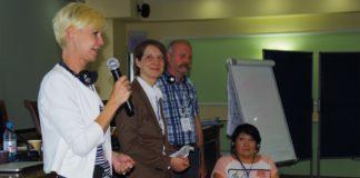 V.l: Sarah Güttler, Geschäftsführerin von LebensRäume; Henriette Kiefer, Regionalleiterin der FES in Zentralasien, Norbert Gatz, pädagogischer Leiter der wfbm, Lyazzat Kaltayewa, Vorsitzende von Shyrak.   Foto: FES