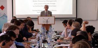 Generalkonsul Jörn Rosenberg ruft zu Zusammenarbeit auf und bietet deutsche Expertise | Bild: Till Eichenauer