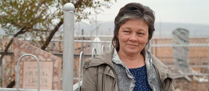 Die Protagonistin – nach 25 Jahren zurück in Kasachstan. | Foto: Pius Neumaier