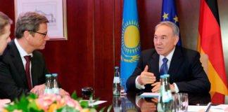 Der kasachische Präsident Nursultan Nasarbajew hat sich in Berlin mit dem deutschen Außenminister Guido Westerwelle getroffen. | Bild: akorda.kz