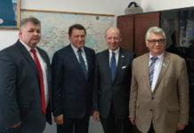 Peter Krieger mit Josef Schmal, Jorn Rosenberg und Alexandr Dumler in Atyrau | Bild: A.Dumler