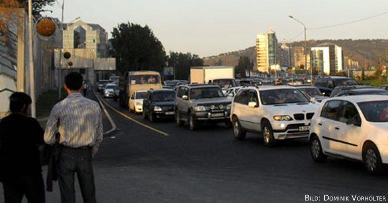 Taxistan – Taxifahren in Zentralasien