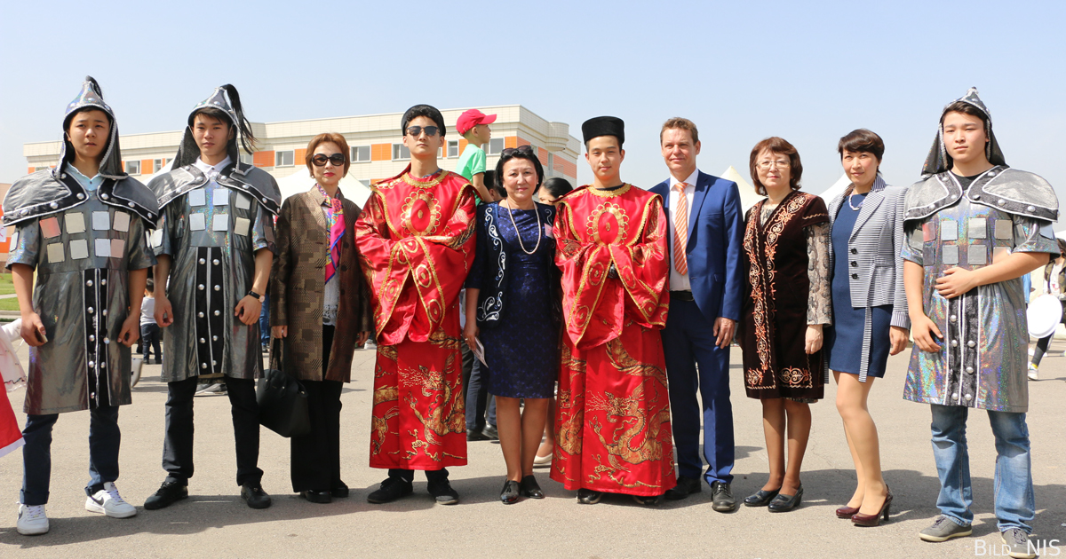 ZfA-Fachberater Mario Schönfeld war anlässlich Naurys zu Besuch in der NIS CBD Almaty.