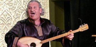 Ibrahim Keivo bei einem Auftritt in Almaty