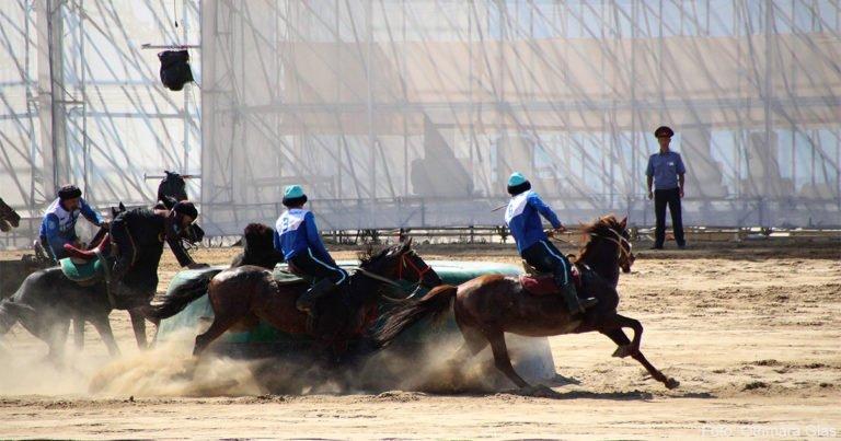 Pferderennen, Bogenschießen, Falkenjagd: Dritte World Nomad Games in Kirgisistan