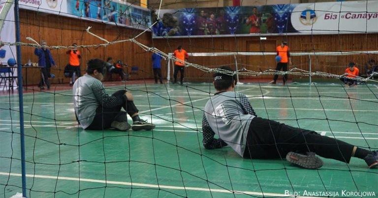 Kling, Glöckchen, klingelingeling: Erste Goalball-Meisterschaft in Almaty