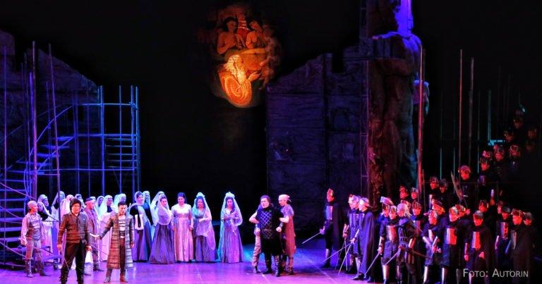 Opernbesucher aus der Hölle