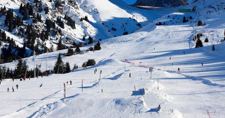 Beginn der Skisaison am Schymbulak in Almaty 2019