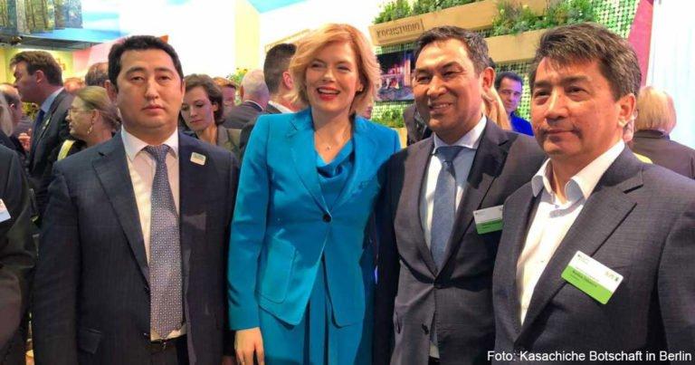 Kasachische Delegation besucht Grüne Woche in Berlin