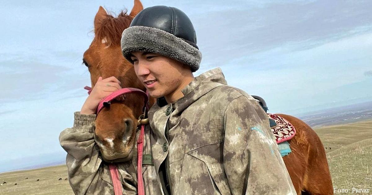 Avdi Sempai (@avdi_i) ist ein fröhlicher 15-jähriger Schäfer aus den Bergen Kasachstans mit einem Publikum von mehr als 2 Millionen Menschen.