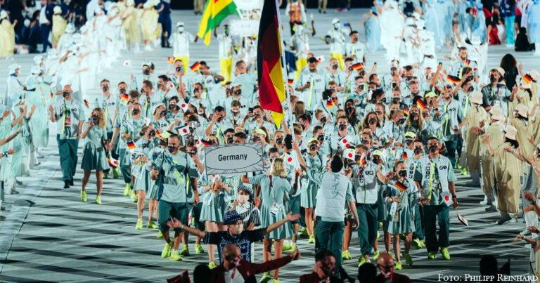 Medaillen für Deutschland und Kasachstan